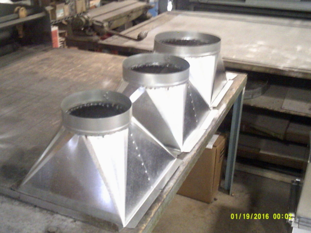 sheet metal transition duct for hvac